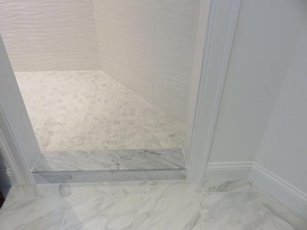 Guest-Bath-Carrara-Marble-Threshold